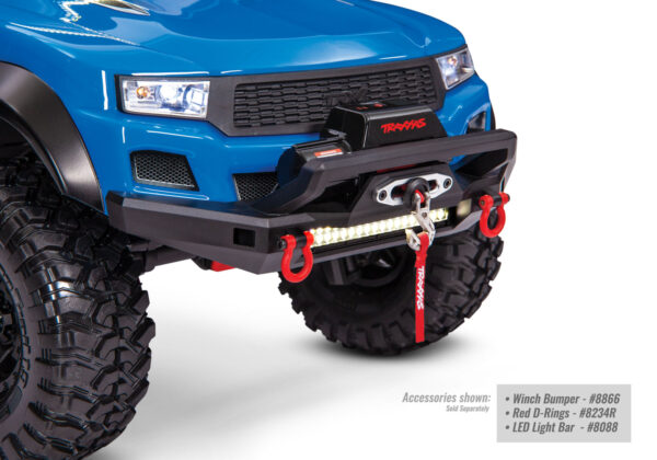 8855-Winch-Installed-3qtr-Right-Lights-IMG_0072